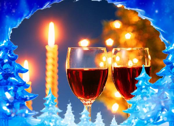 бокалы с вином в новый год