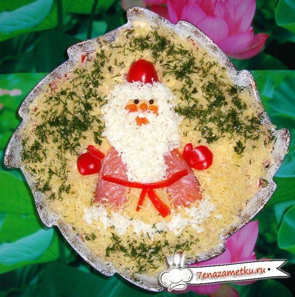 Оформляем салат Дед Мороз