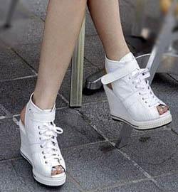 уход за белой обувью