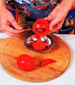 Приготовление помидор фаршированных салатом