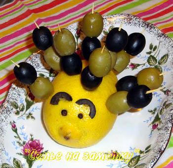 Ежик для подачи маслин и оливок