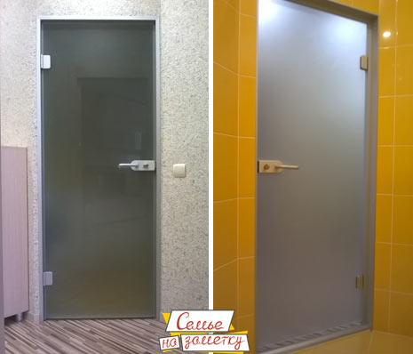 Стеклянная дверь в ванну