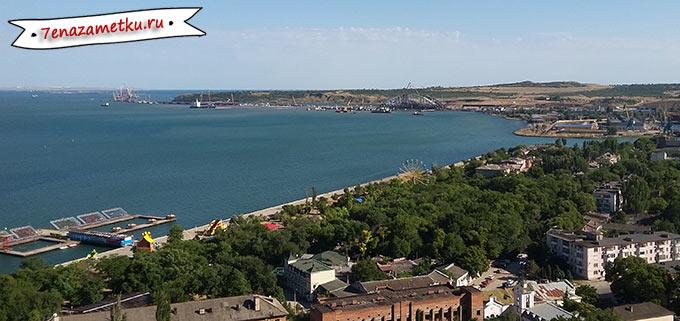 Вид на Крымский мост с горы Митридат