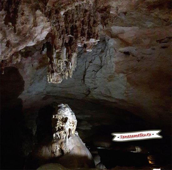 В пещере Эмине-Баир-Хосар
